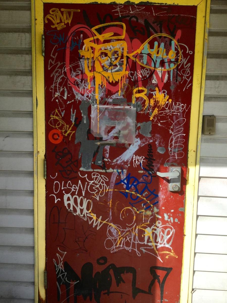 Doorway Cornwallis St (1).jpg